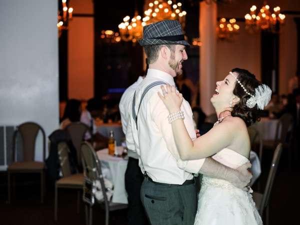 600px-region-weddings-1920stheme0102