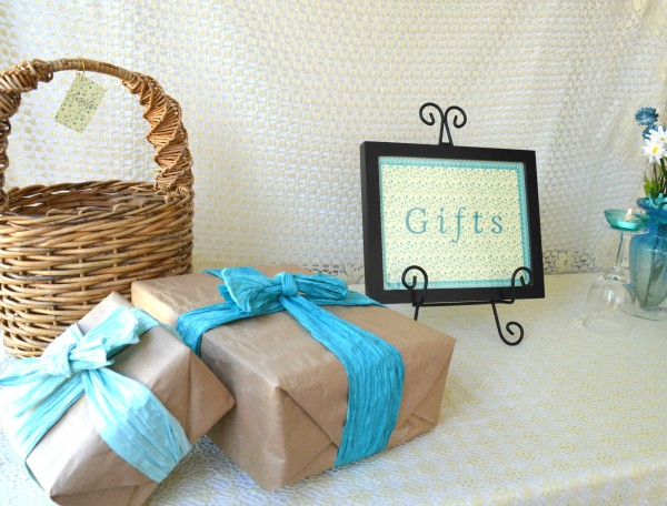 gift table 2-2